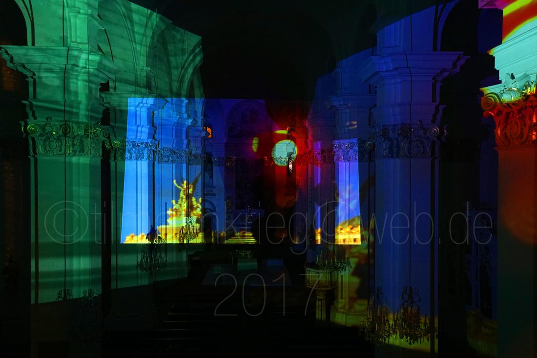 METROPOLIS in der Jesuitenkirche Heidelberg, 17.,18. und 19. März 2017. Ca. 1000 Besucher haben an drei Abenden die visuelle Symphonie von Tilmann Krieg in dem wundervollen Barock-Kirchenraum erlebt. METROPOLIS in the Jesuitenkirche at Heidelberg, 17th. 18th and 19.th of march 2017. About 1000 visitors admired the Visual Symphony of Tilmann Krieg in the wonderful big Baroque Church.